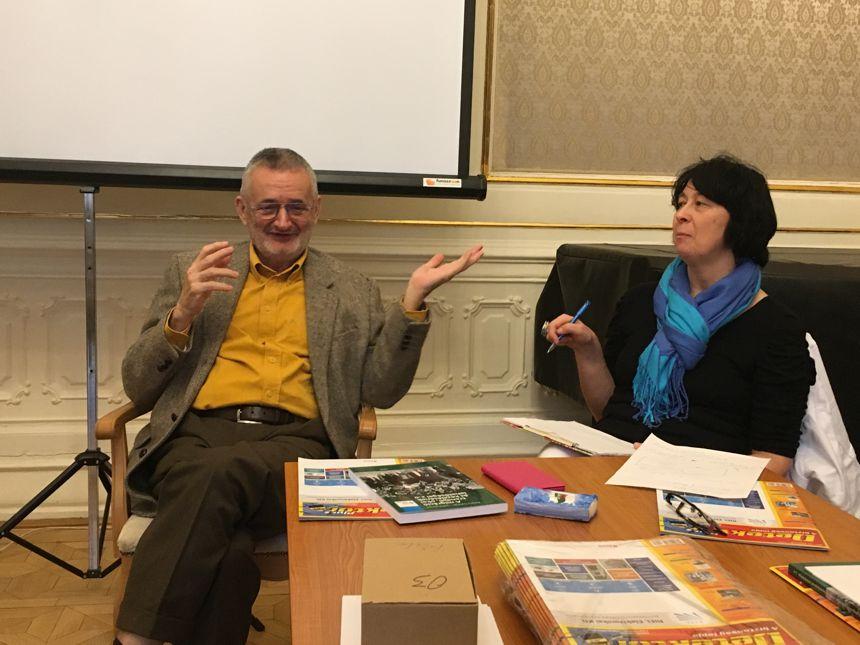 Prof. Dr. Csányi Vilmos Dr. Molnár Katalin