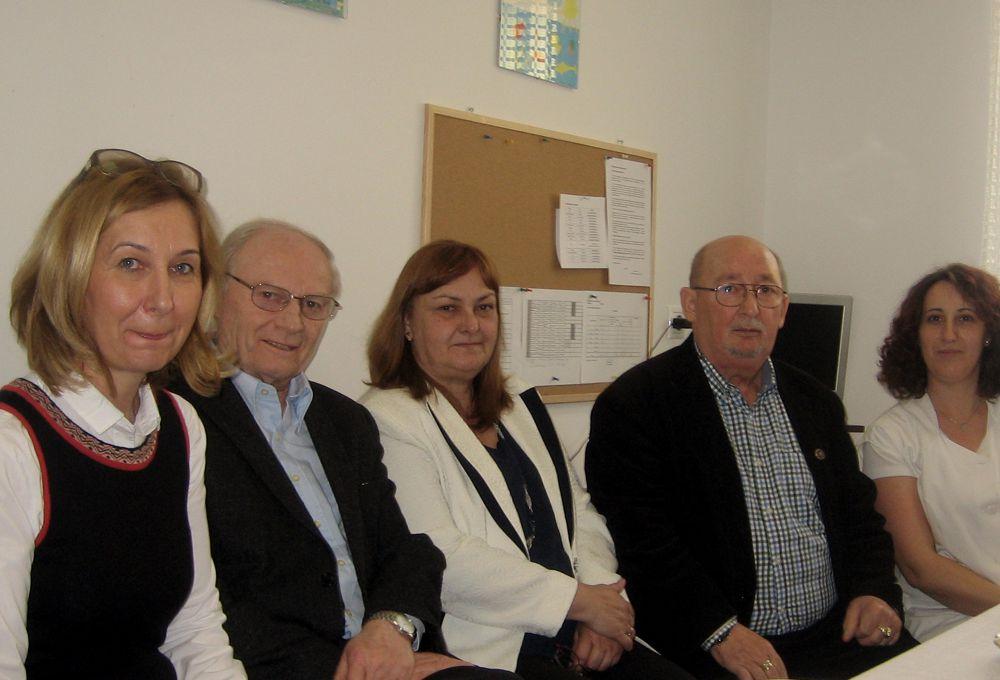 Geröly Krisztina óvodavezető társaságában