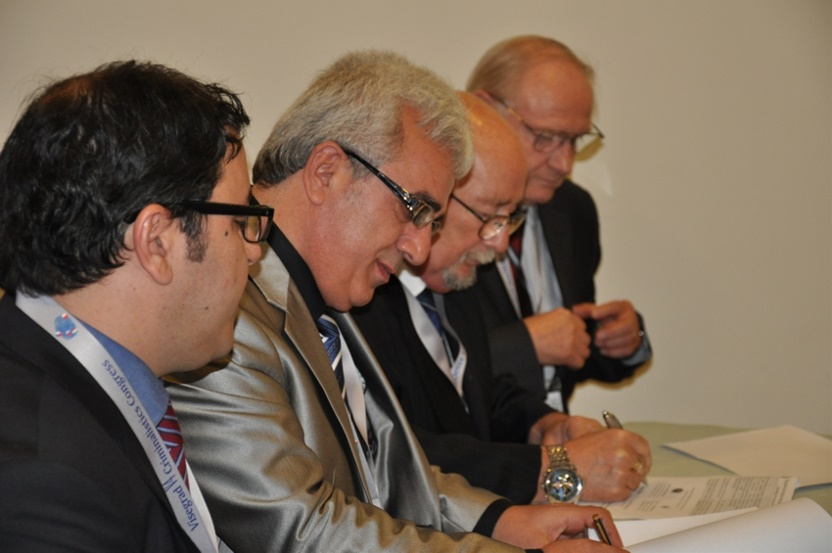 İsmail YETİMOĞLU és Sallay Károly aláírja az együttműködési megállapodást