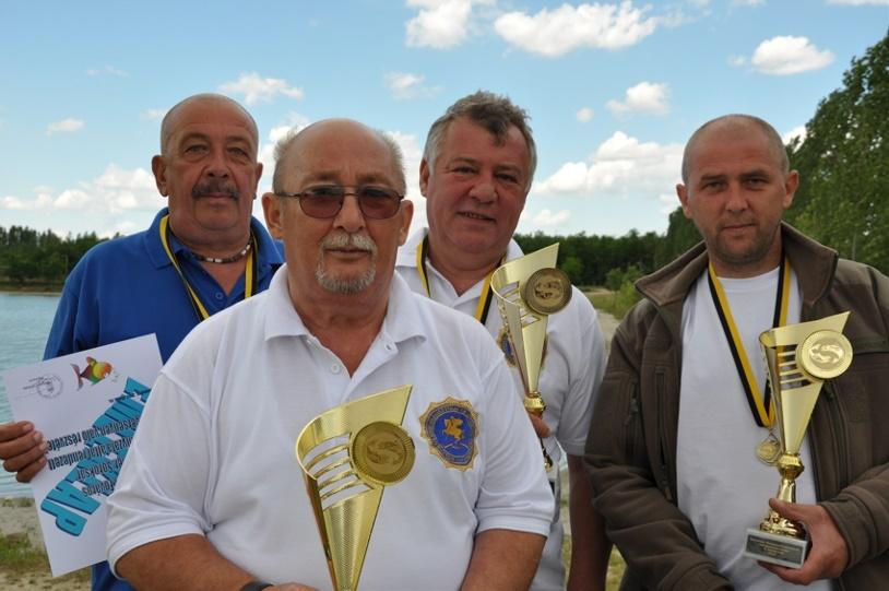 az OKDE második helyezett csapata